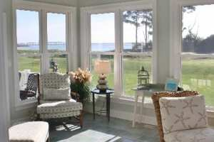 sunroom-beadboard